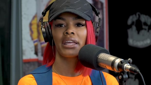 """Teyana Taylor Won't Release Updated Album, Debut """"Extended Records"""" in Visuals"""