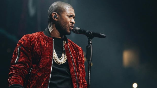 Usher, 2017