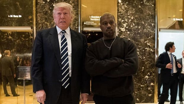 kanye-donald-trump-meeting-lobby.jpg