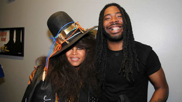 dram-and-badu-sexual-on-wifi.jpg