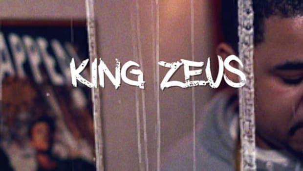 king-zeus-in-studio.jpg