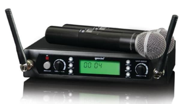 UHF-5200M.jpg