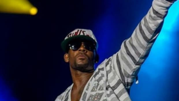 R  Kelly | New Songs, News & Reviews - DJBooth