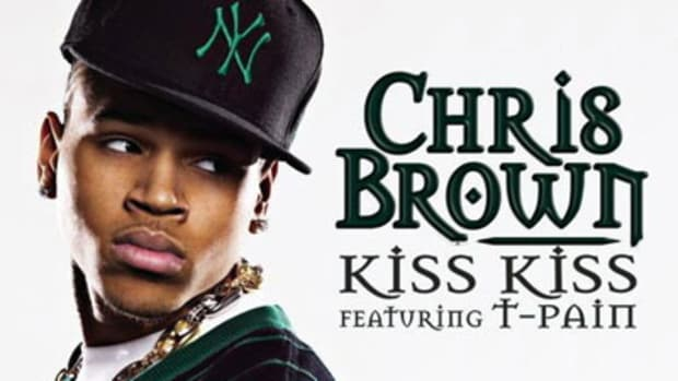 chrisbrown-kisskiss.jpg