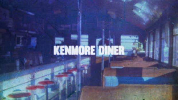 ariez-onasis-kenmore-diner.jpg