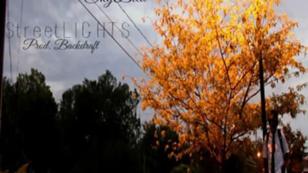 skyblew-streetlights.jpg