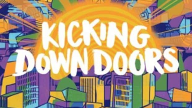 santigold-kicking.jpg