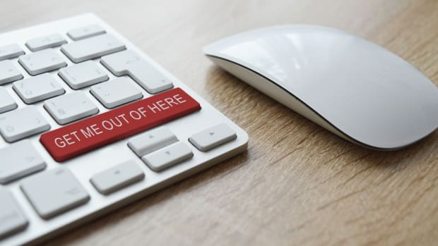 scam-alert-keyboard