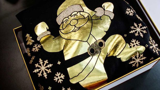 2-chainz-90k-christmas-sweaters.jpg