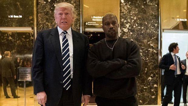 kanye-donald-trump-meeting-lobby.jpg
