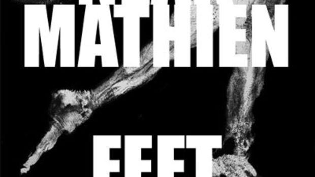 neakmathien-feet.jpg
