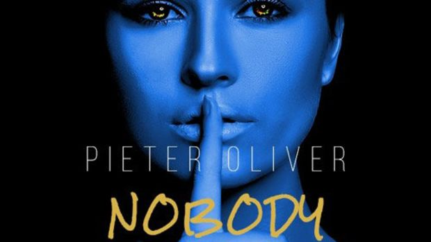 pieter-oliver-nobody.jpg
