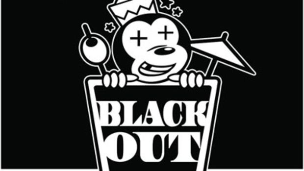 the-americanos-black-out.jpg