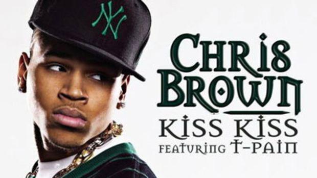 chrisbrown-kisskiss.jpg