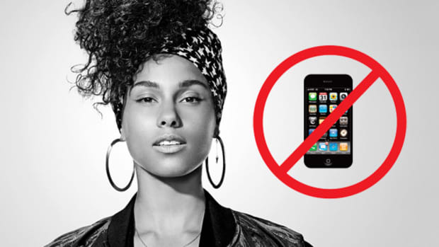 alicia-keys-no-phones.jpg