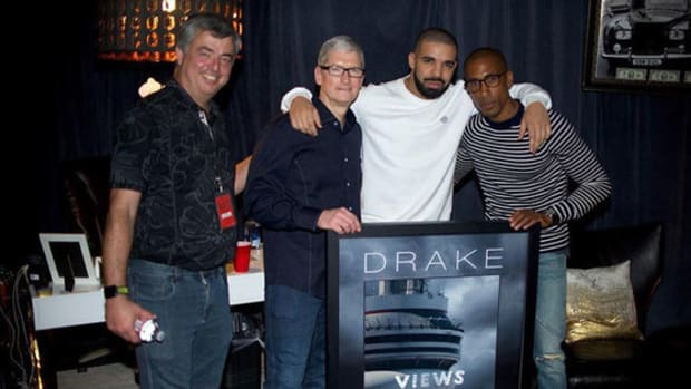 drake-views-achieves-billion-apple-music-streams.jpg