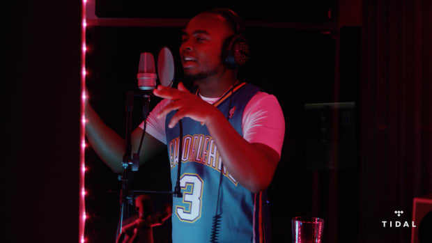 """Shawn Smith Spits an Exclusive Freestyle for DJBooth & TIDAL's """"Bless The Booth"""" Series"""