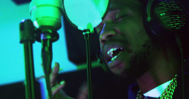 """Curren$y Spits an Exclusive Freestyle for DJBooth & TIDAL's """"Bless The Booth"""" Series"""