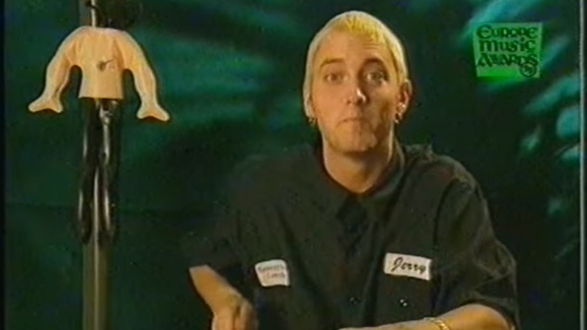 eminem-1999-interview-video-still