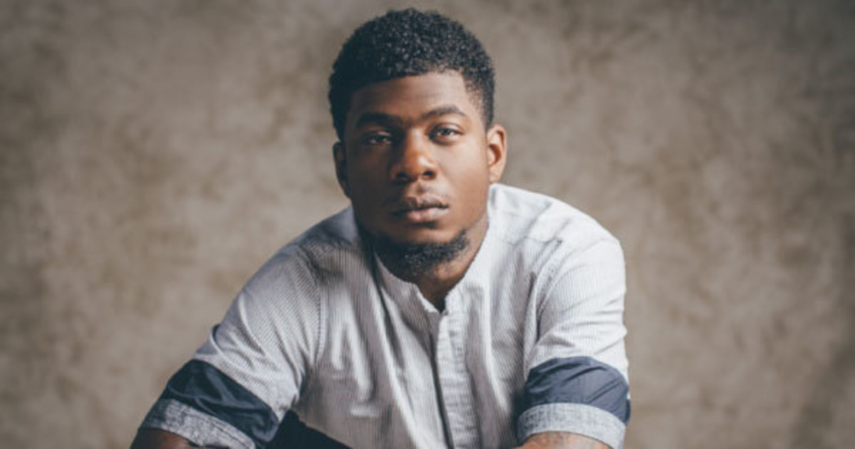 mick-jenkins-dissects-the-art-of-the-male-to-male-compliment.jpg