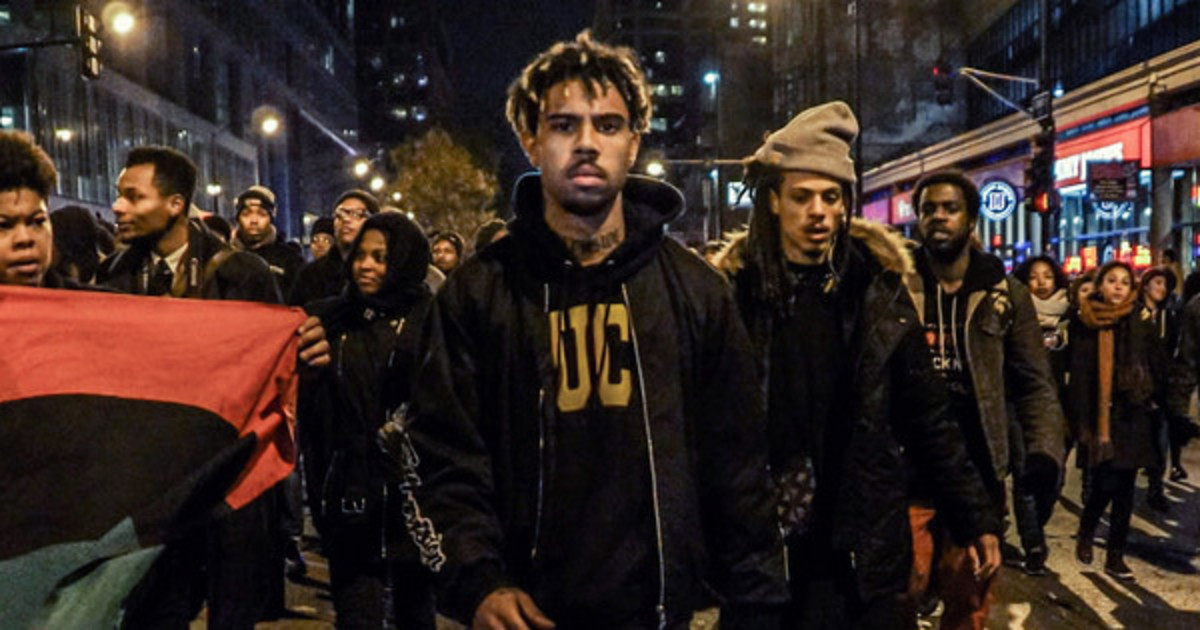 vic-mensa-protests.jpg