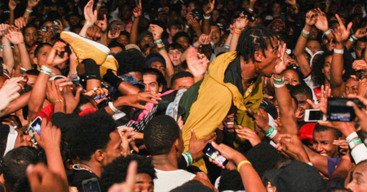 hip-hop-mosh-pits.jpg
