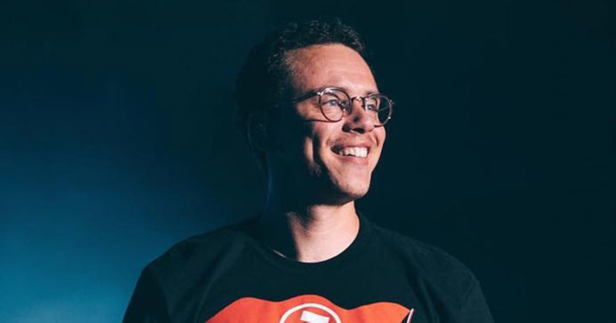 logic-first-top-ten-single.jpg