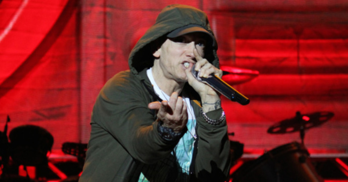 eminem-list-six-names-travis-scott.jpg