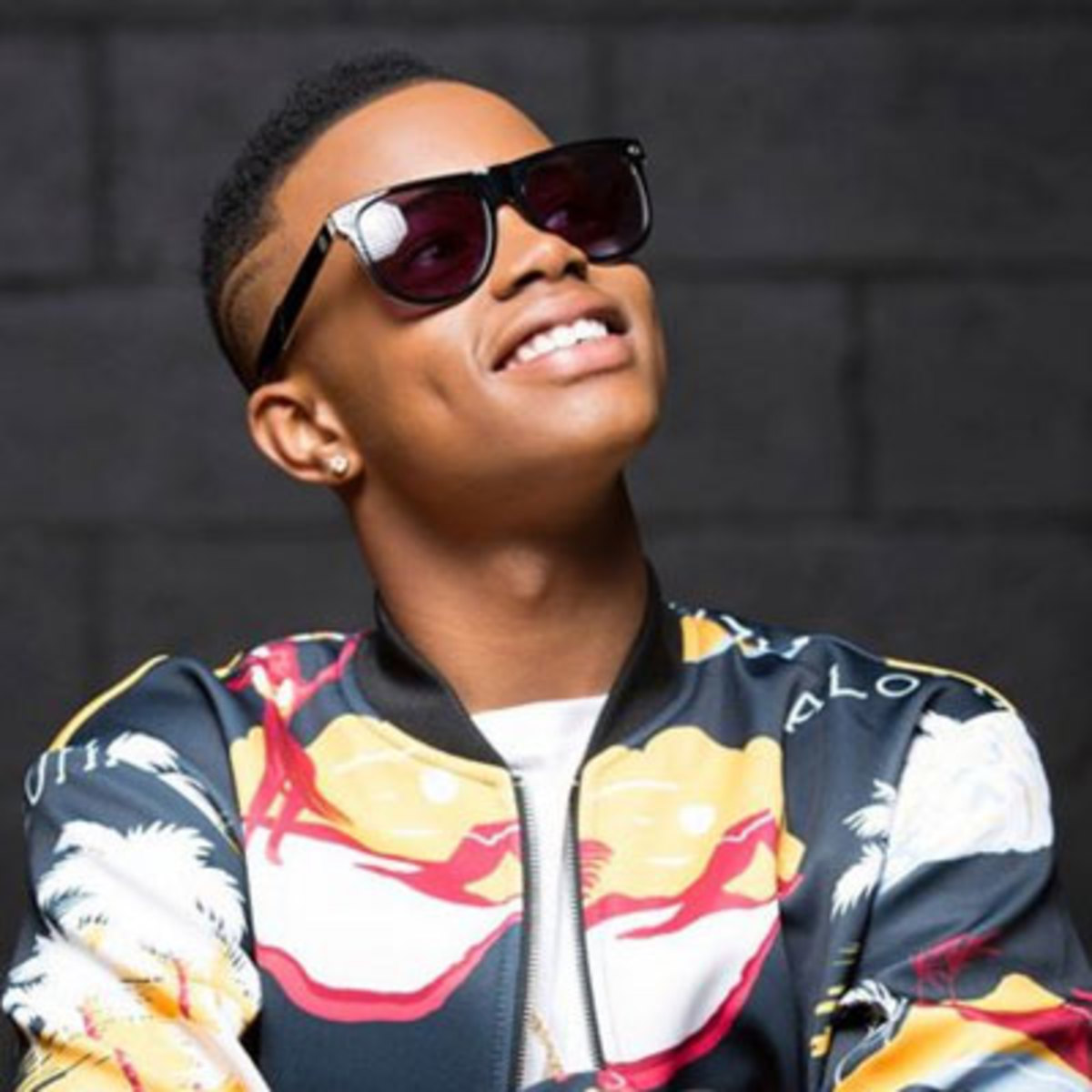 The 22-year old son of father (?) and mother(?) Silentó in 2020 photo. Silentó earned a million dollar salary - leaving the net worth at 0.3 million in 2020
