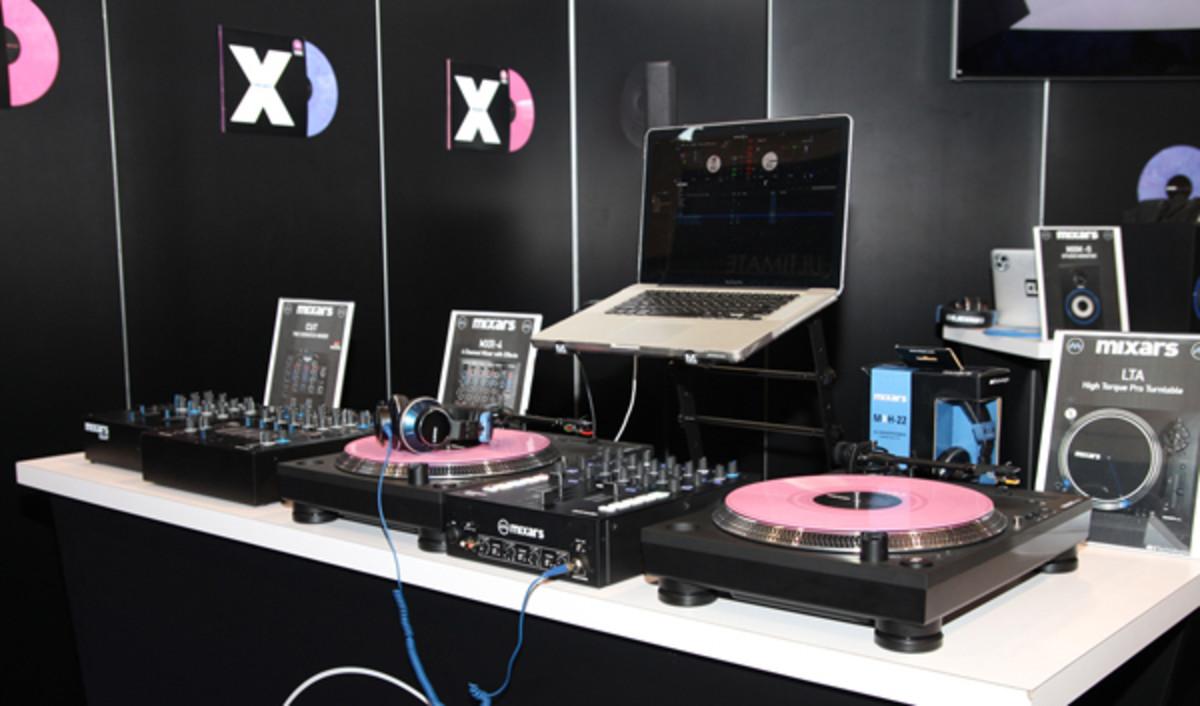 mixarsnamm2016.jpg