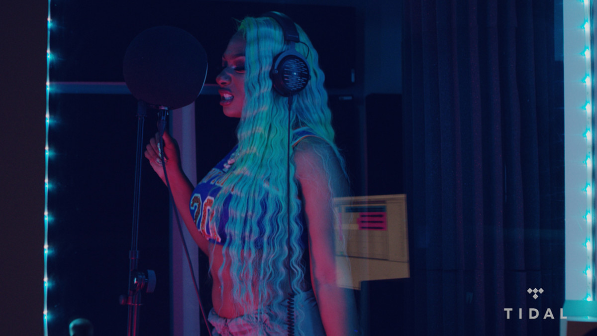 Megan Thee Stallion, Bless The Booth Freestyle