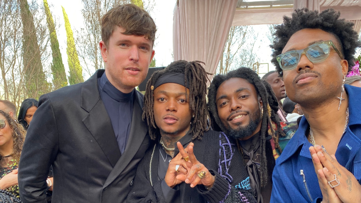 OLU with James Blake, J.I.D, and WowGr8 from EARTHGANG at the Roc Nation Brunch, January 2020