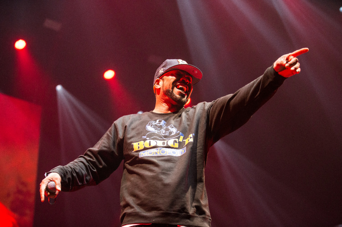 method-man-pointing-and-laughing