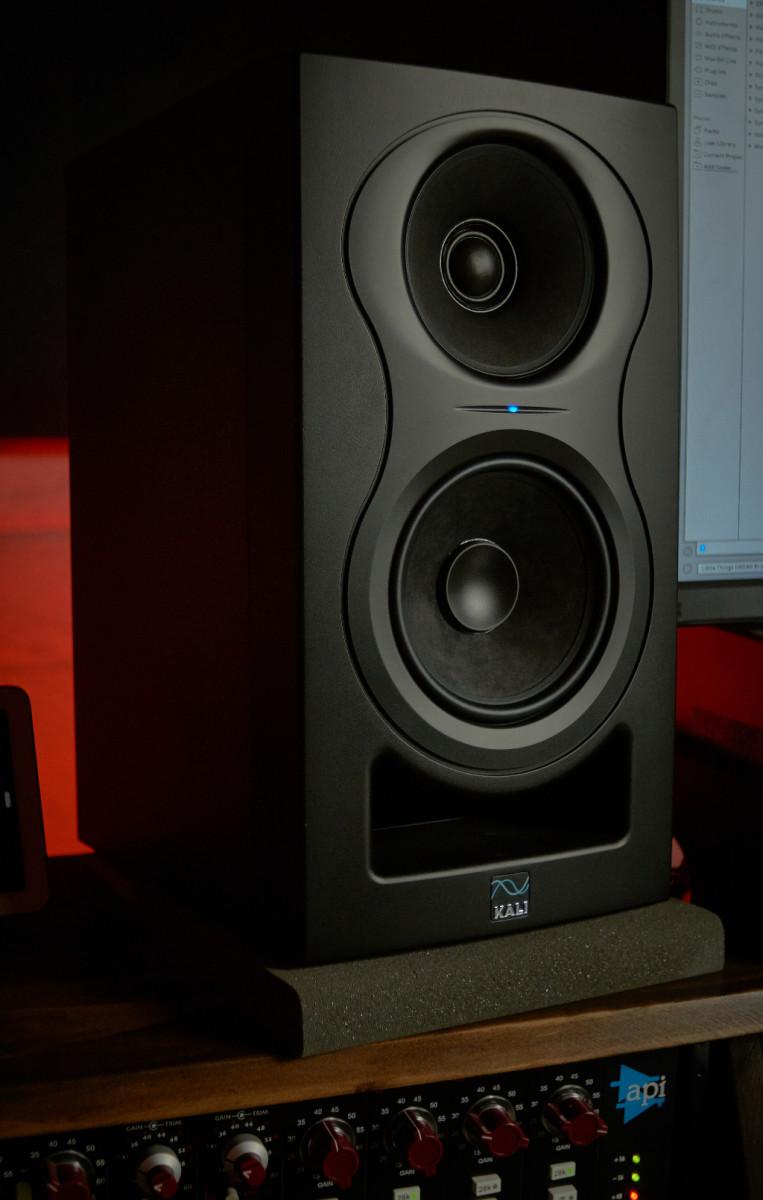 kali-audio-insert-1