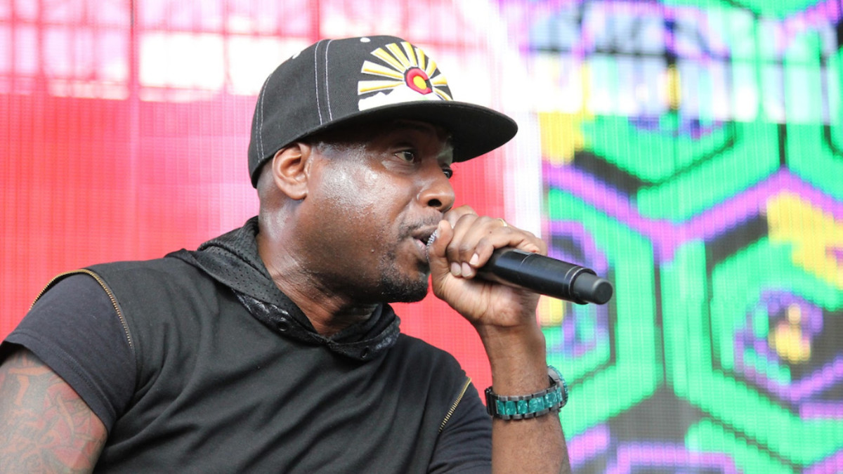 Talib Kweli performing at North Coast Music Festival in Chicago on October 14, 2014.