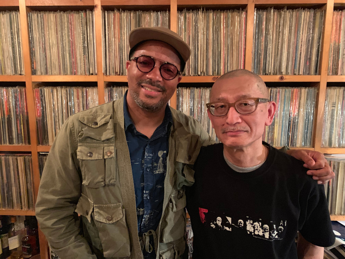 Jason Geter visitsJBS Shibuya inTokyo.