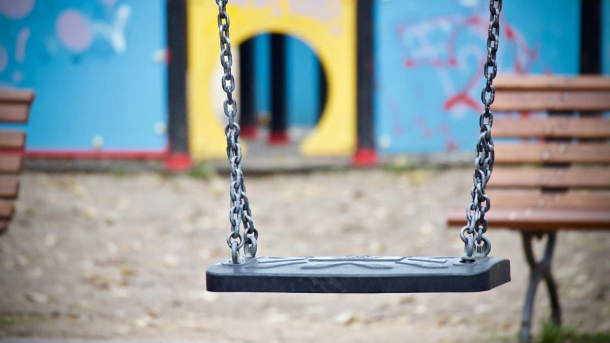 swing-empty-in-a-park-header-2020